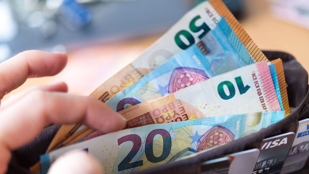 Inflation in Deutschland erreicht tiefsten Stand seit fast einem Jahr