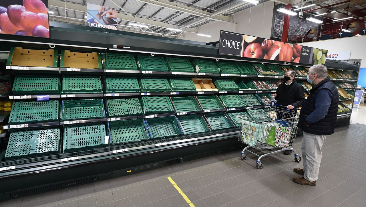 Vergammeltes Fleisch, fehlende Waren: Jetzt bekommen die Briten den Brexit zu spüren
