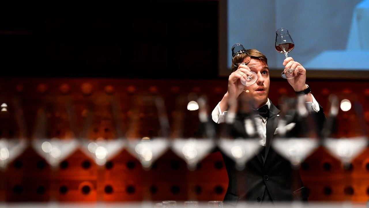 Tipps vom Sommelier-Weltmeister: Wie man den richtigen Wein bestellt (obwohl man keine Ahnung hat)
