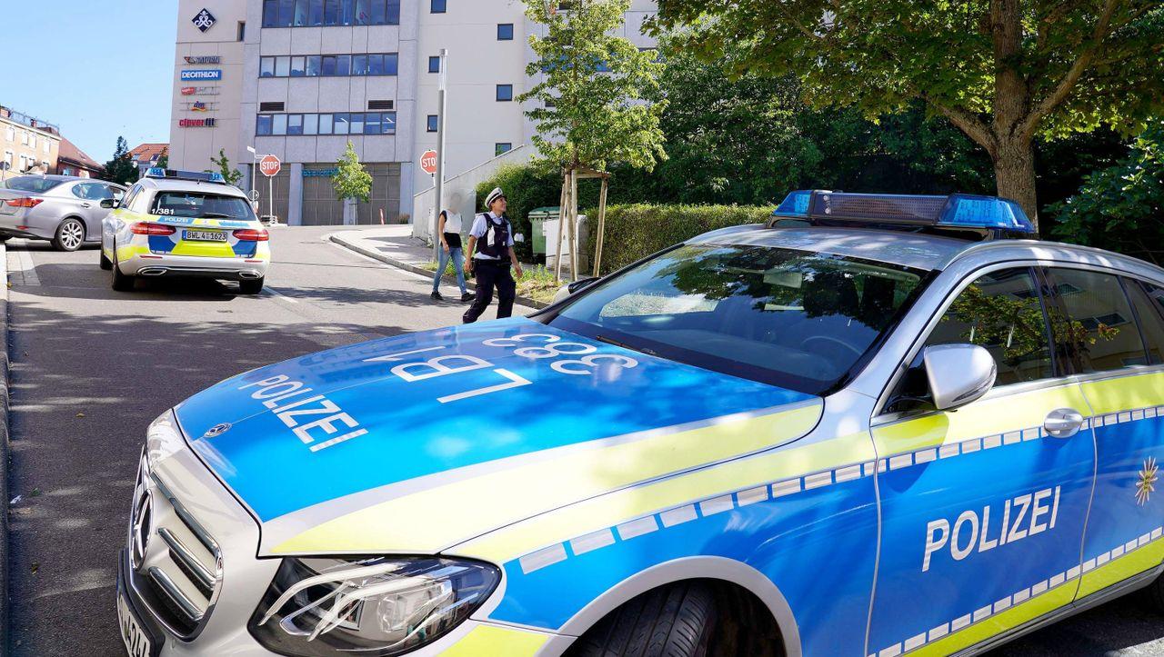Baden-Württemberg: Fingierter Drogen-Deal eskaliert - Spezialeinheit schießt auf Auto