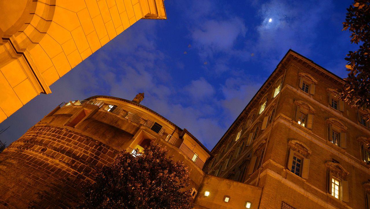 Katholische Kirche: Gericht verurteilt Vatikan-Banker zu fast neun Jahren Haft