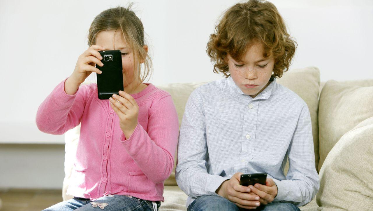 Handy-Umgangsformen: Eltern, hört auf zu motzen!