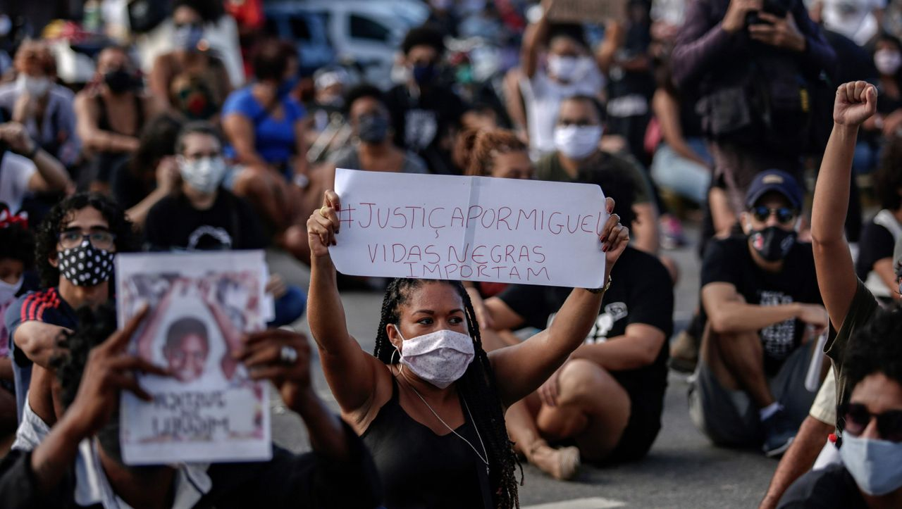 """""""Black Lives Matter"""": Brasilianer demonstrieren nach Tod von schwarzem Jungen"""