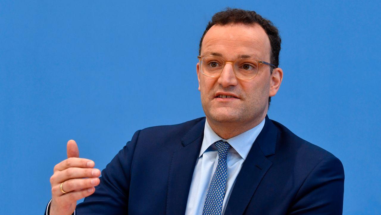 Prognose des Gesundheitsministers: Spahn erwartet Corona-Impfstoff Anfang nächsten Jahres