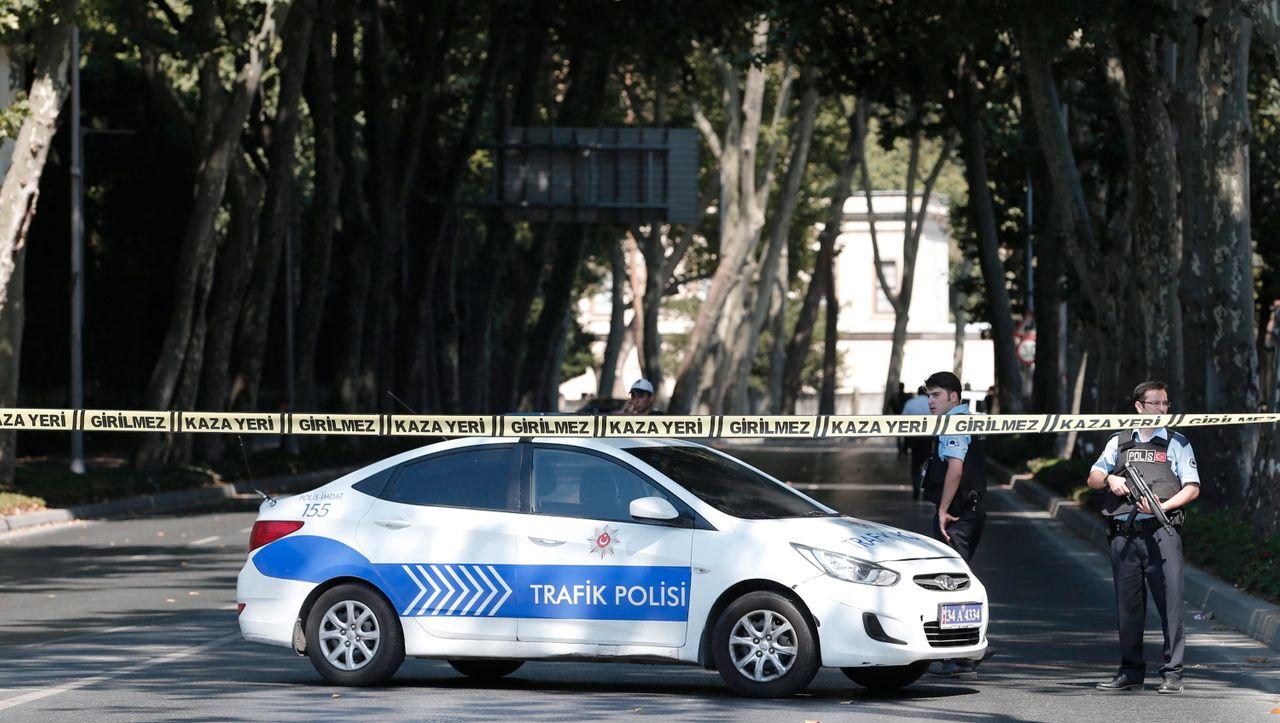 Türkei: Mann tritt und schlägt seine Ex-Frau – vor den Augen der fünfjährigen Tochter