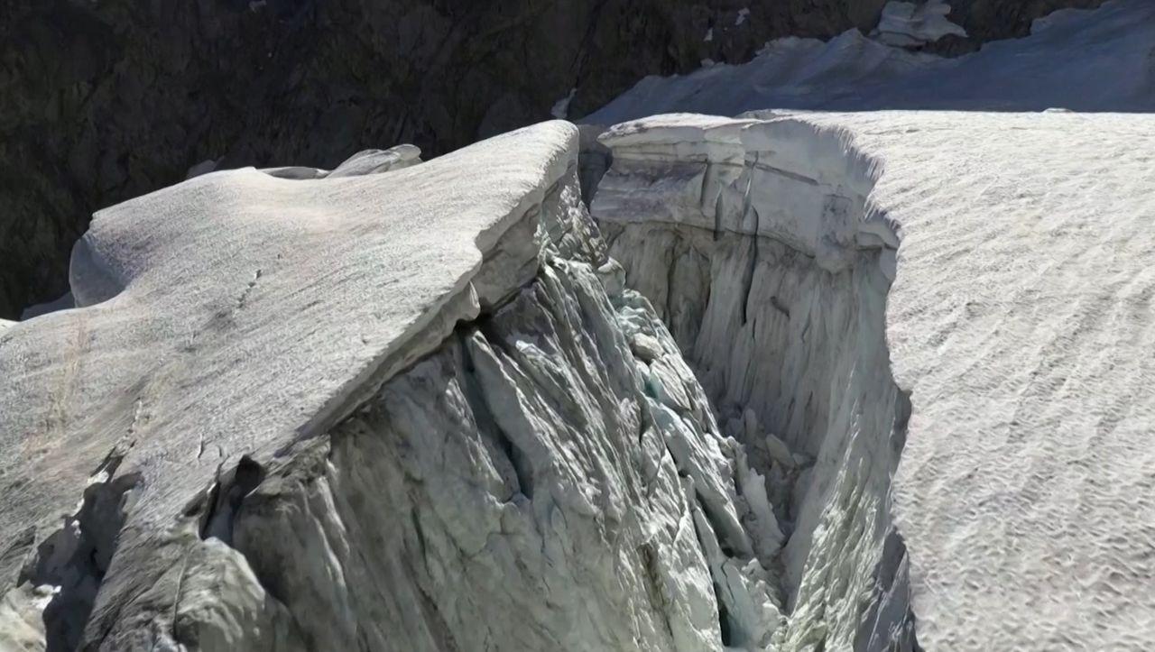 Evakuierung in den Alpen: Am Mont-Blanc-Massiv droht ein Gletscher-Abbruch
