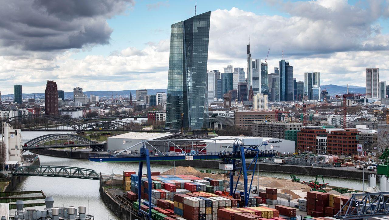 Schwache Wirtschaft: Früherer EZB-Vize fordert neue Schulden von Deutschland
