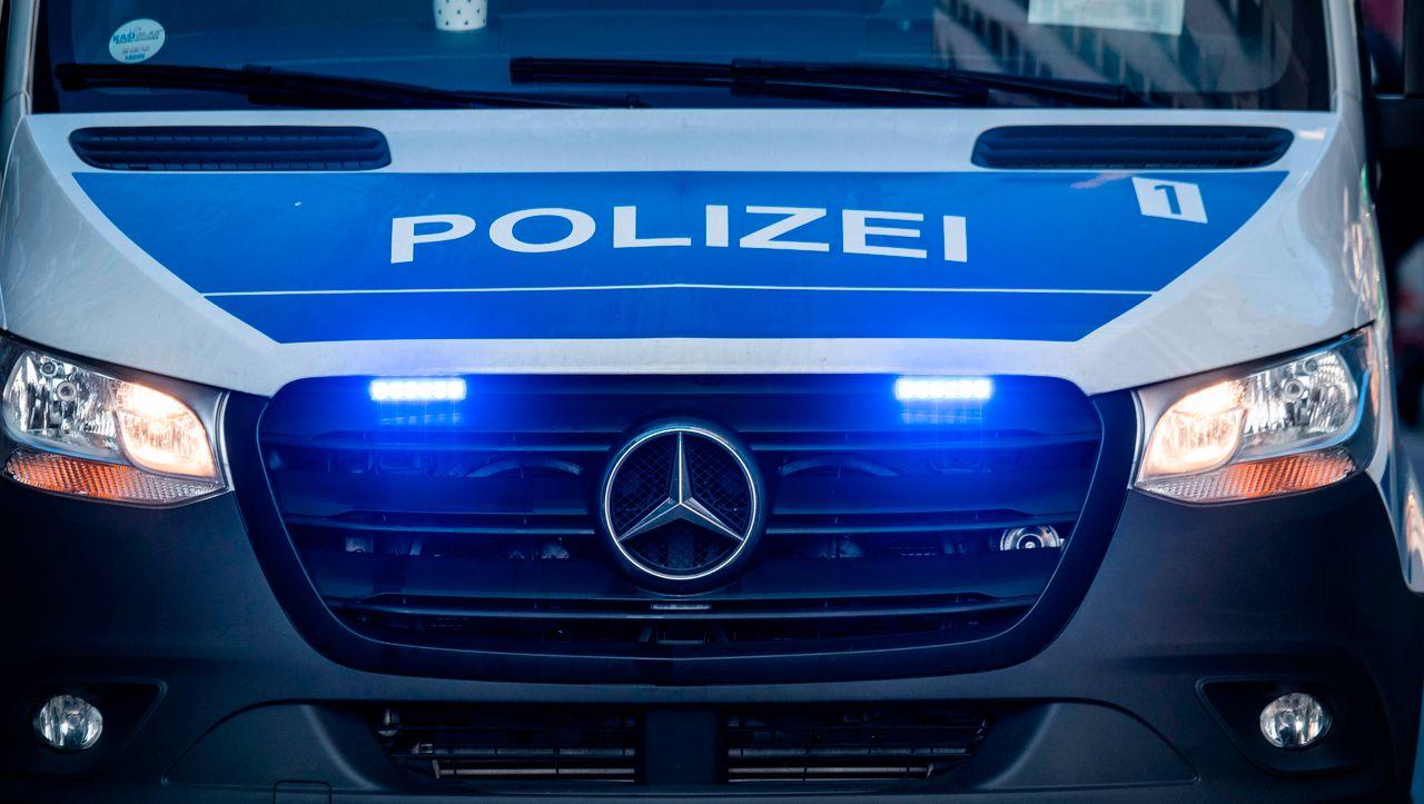 Baden-Württemberg: Zwölfjähriger Radfahrer bei Unfall auf Bundesstraße gestorben